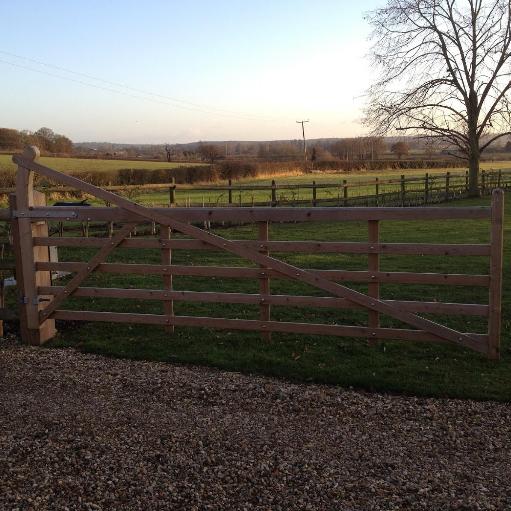 gate by valleybuild